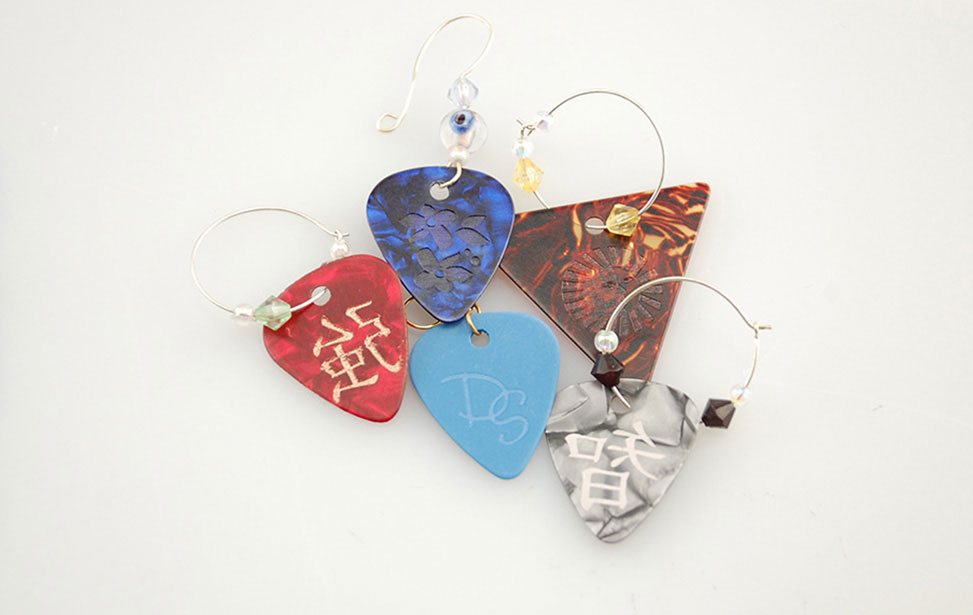 Customize Picks and Jewelry